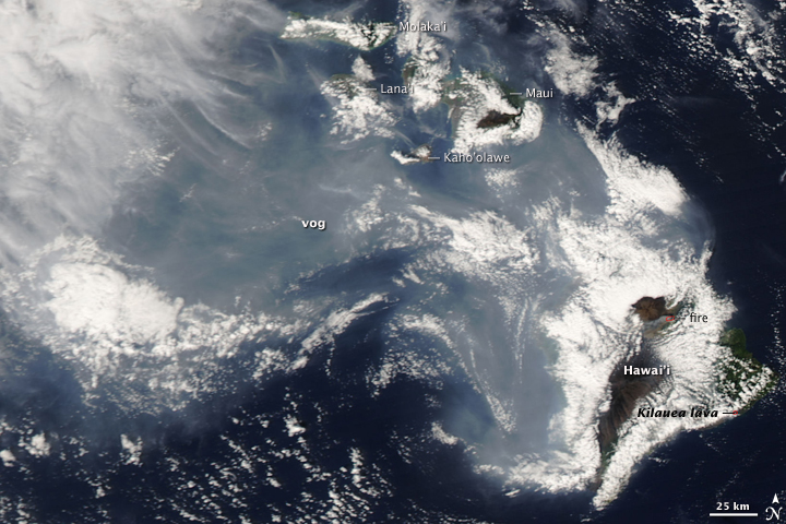 Smoke covering the Hawaiian islands from the volcano. | Credit: Earth Observatory